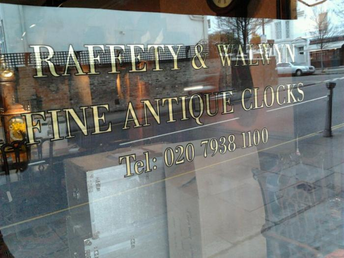Reffety Gilding on Glass NGS signs The london signwriter Nick Garrett