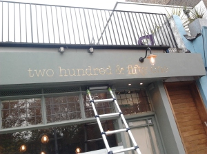 251 Kings Road Restaurant Cafe - Nick Garrett, gilded sign, painted furniture... interior detailing